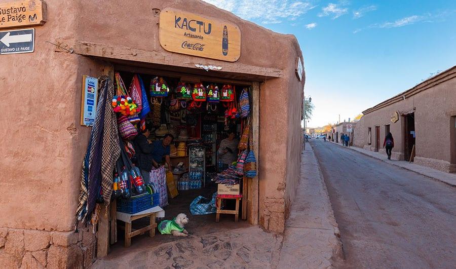 Feria artesanal en San Pedro de Atacama