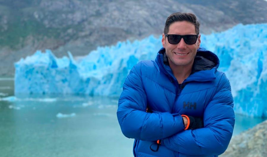 Pancho Saavedra en los glaciares de Chile