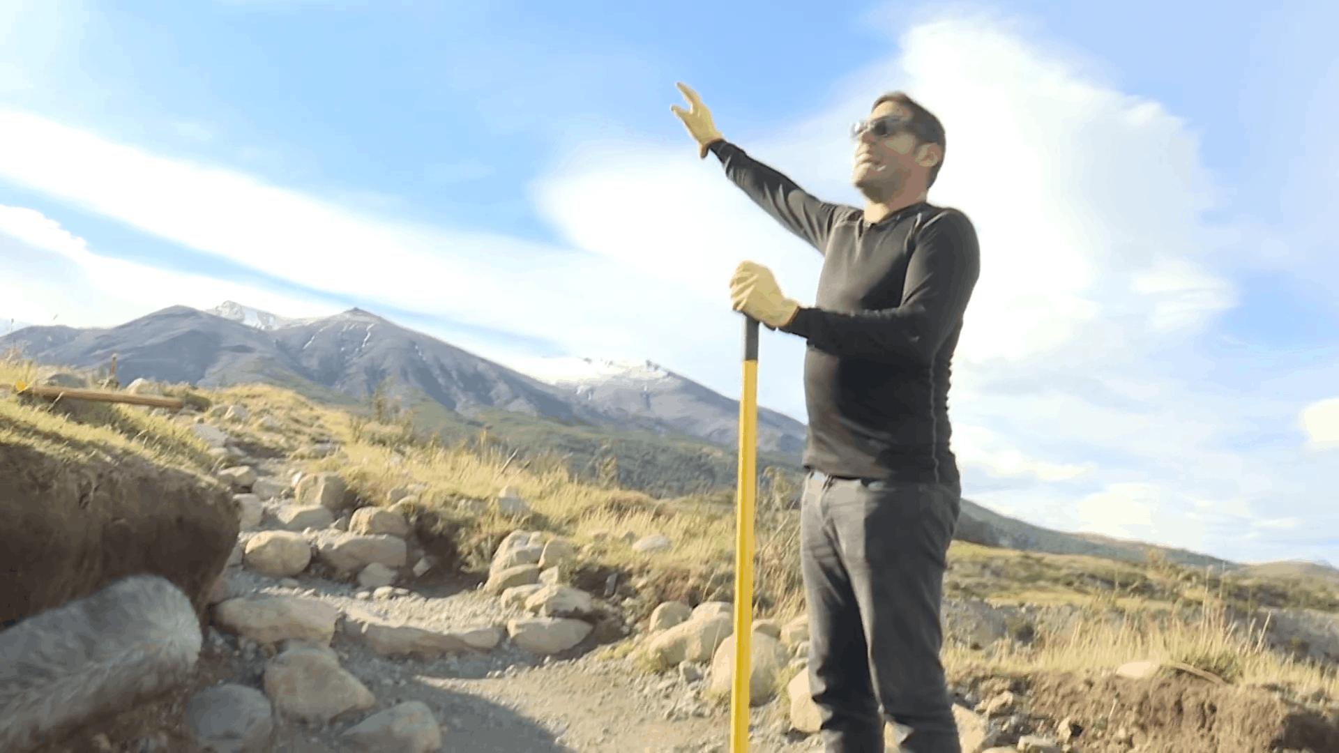 Reconstruyendo senderos en Torres del Paine