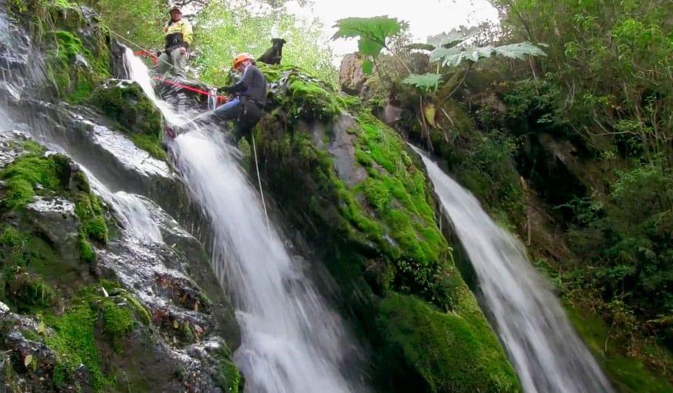 Rappel en las Cascadas Gemelas