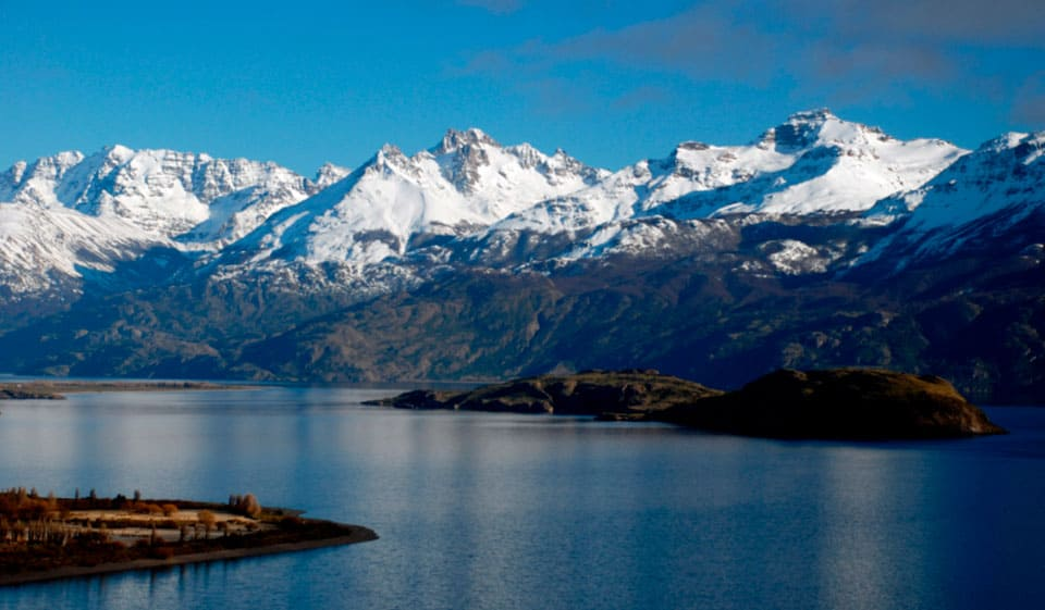 Sobre el Lago General Carrera